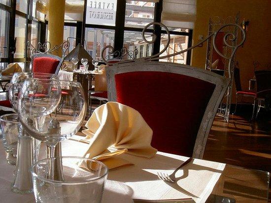 Holiday Inn Express Grenoble - Bernin : Fine Dining
