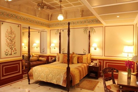 Taj Lake Palace Udaipur: Palace Room Lake View Double Bed Palace Butler Ser