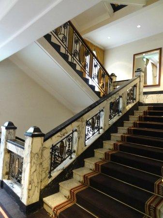 Esplanade Zagreb Hotel : Staircase