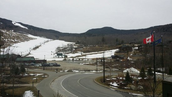Stowe Mountain Lodge: Our view from the Timberline studio!