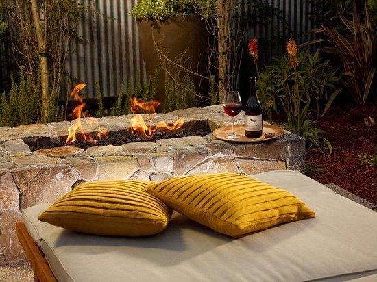 Carneros Resort and Spa: Harvest Cottage Private Garden