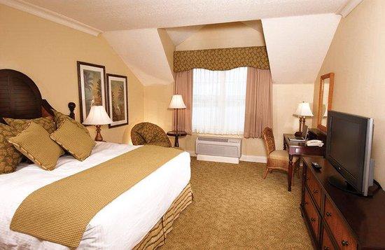 The Waterfront Inn: King Guestroom