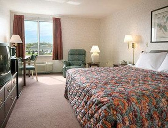 Days Inn Carlisle South: Standard King Bed Room