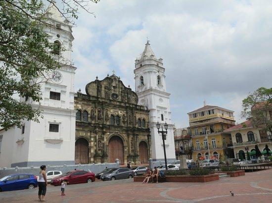 Catedral de Panamá la Vieja: Catedral em Casco Antiguo