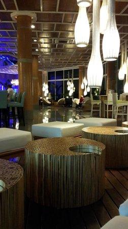 Las Perlas Hotel & Resort Playa Blanca: Lobby del Hotel muy bien decorado