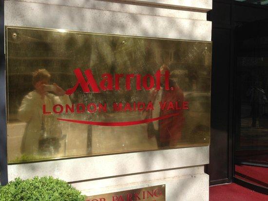 London Marriott Hotel Maida Vale: Main Entrance