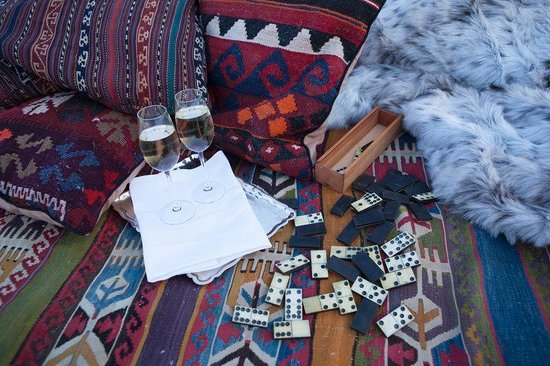 Kristiania Lech: Picnic In The Snow