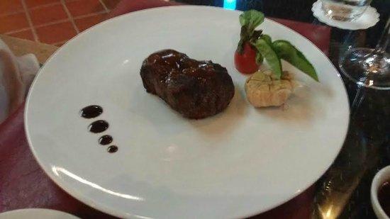 Churrasco Phuket Steakhouse : 200 gram eye fillet