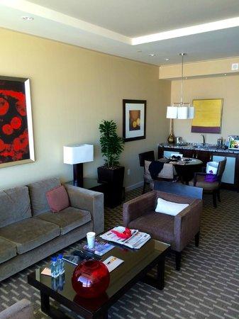 ARIA Sky Suites: living room tastefully furnished
