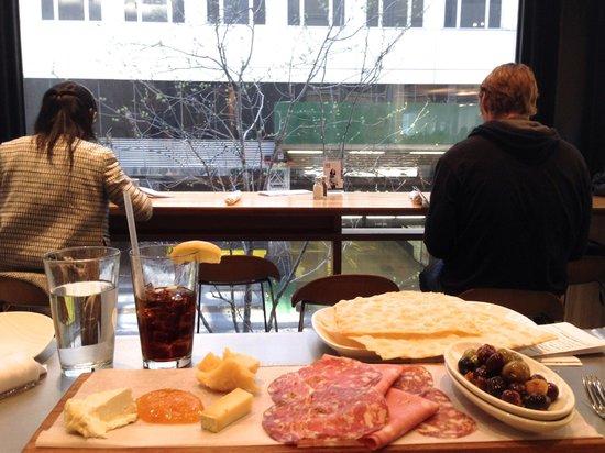 MoMA's Cafe 2 : salumi misti