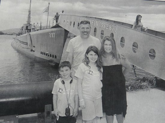 USS Bowfin Submarine Museum & Park: picture in front of Bowfin