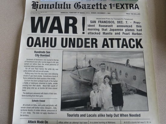 USS Bowfin Submarine Museum & Park: take your pic n put it in the paper, it will be framed;Historic facts on paper