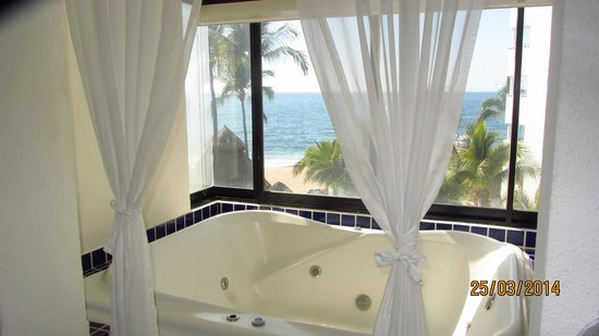 Buenaventura Grand Hotel & Great Moments All Inclusive: Honeymoon Suite with Jacuzzi - 1350
