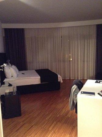 Sarroglia Hotel: room size