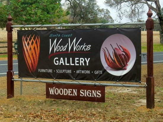 Youngs Siding, Australia: South Coast Wood Works entrance sign