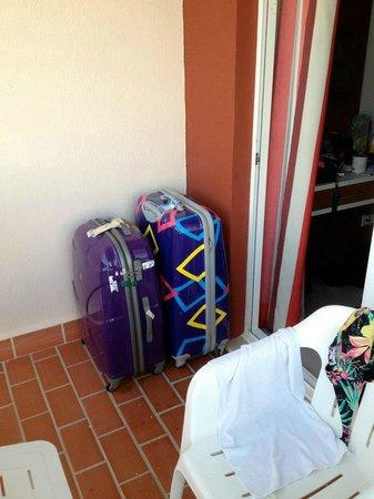 Pabisa Sofia : Koffer haben im Zimmer keinen Platz