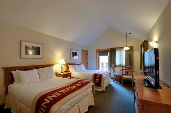 Minnewaska Lodge: Cliff View Room