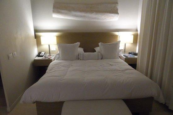 Bovedas de Santa Clara Hotel Boutique: La cama del primer piso