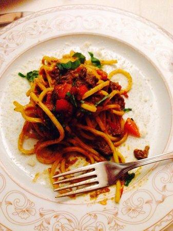 La Griglia: Spaghetti with meat sauce