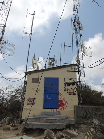 Hooiberg: radio/cellphone towers at the top.