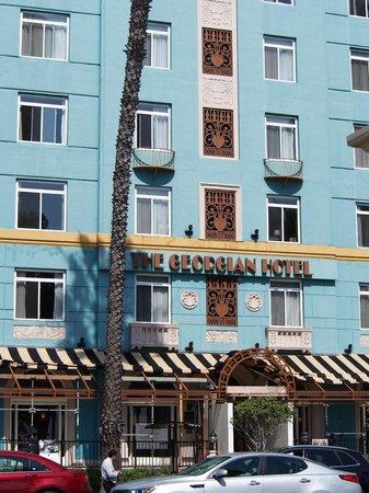 The Georgian Hotel : The hotel