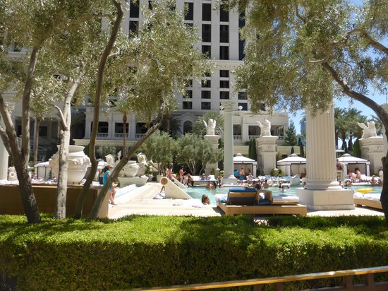 Caesars Palace: Hotel pool