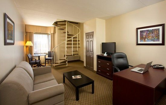 BEST WESTERN Laval-Montreal : Suite Guest Room