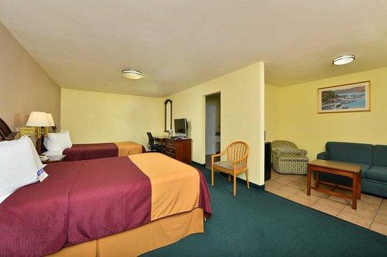 America's Best Value Inn & Suites: Queen Suite