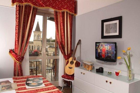 Hotel Modigliani: Littlehoneymoon