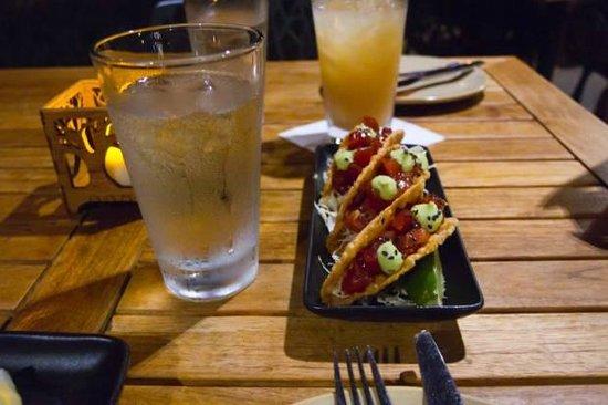 Monkeypod Kitchen : Poke Tacos