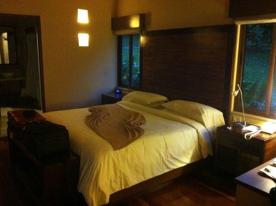 El Silencio Lodge & Spa: The bedroom part of the villa