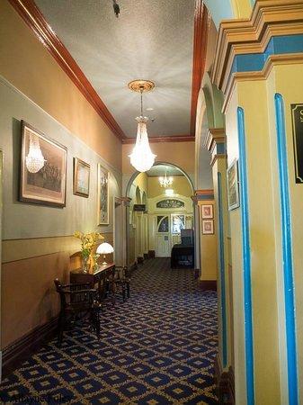 The Carrington Hotel: Corridor