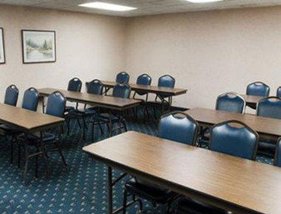Baymont Inn & Suites Michigan City: Meeting Room