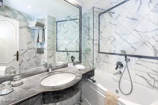 Hotel Eiffel Trocadero : Bathroom