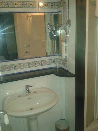Hotel Residence Mendolita: Bagno