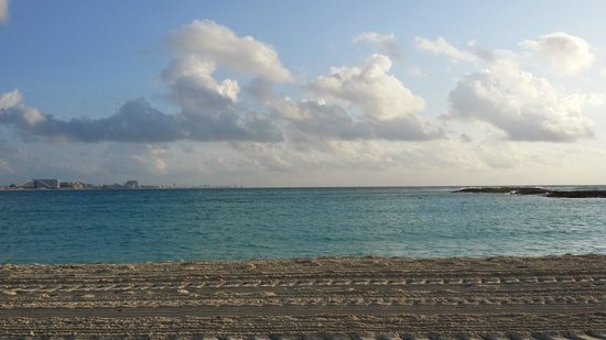 Club Med Cancun Yucatan : Main beach