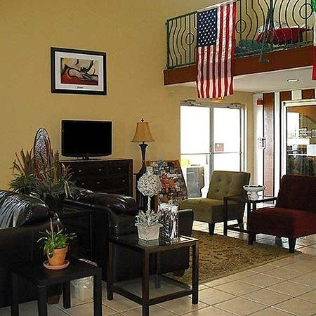 Magnuson Hotel Brownsville: Lobby