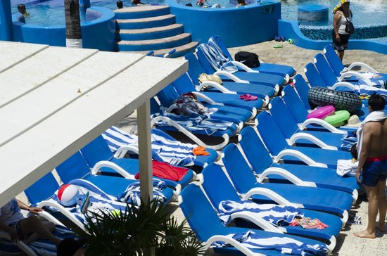 Krystal Beach Acapulco: PIE DE PLAYA