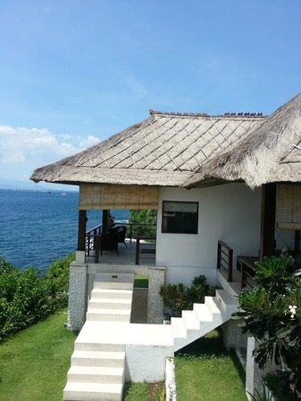 The Point Resort Lembongan: View of #4 from the pool