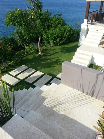 The Point Resort Lembongan: Kinda scary stairs.