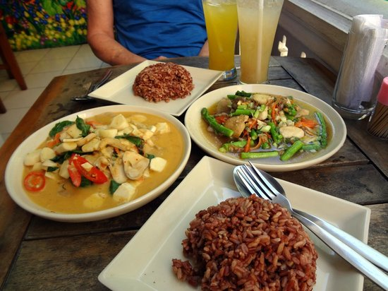 Anchan Vegetarian Restaurant: (Left) Coconut Palm Heart Red Curry with rice