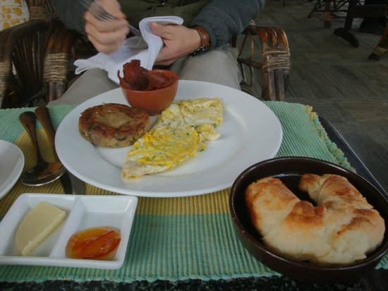 The Yellow House: Breakfast