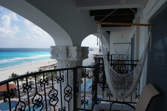 Hyatt Zilara Cancun: Balcony view