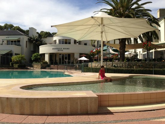 Joondalup Resort : Pool