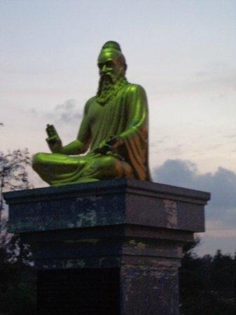 Monuments at Mahabalipuram: On the beach