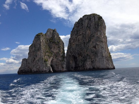 Noleggio barche Lucibello: On the way to Capri