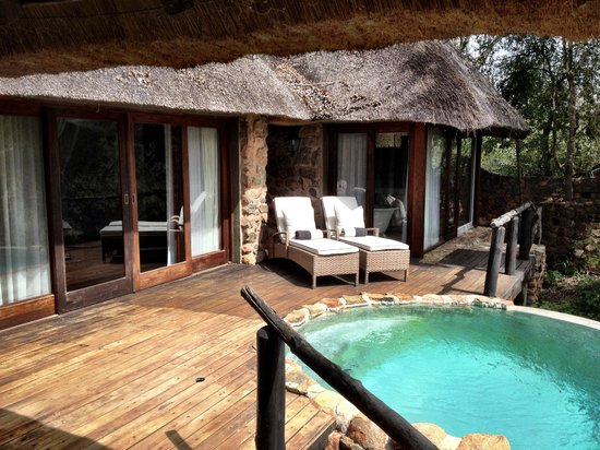 Dulini Lodge: Outside Deck Area and Plunge Pool of Suite #1