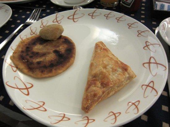 Hotel Executive Enclave : .....Breakfast
