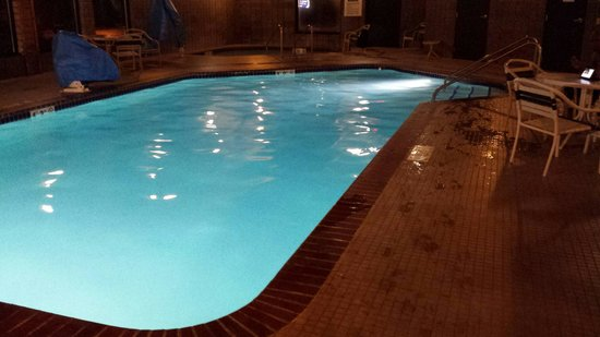 AmericInn Lodge & Suites Merrill: Pool is a great escape