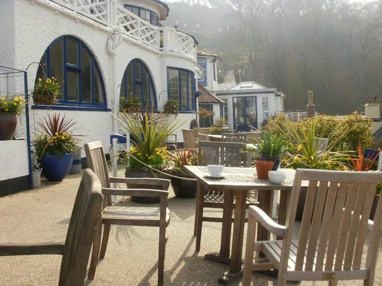 Cary Arms & Spa : On the terrace